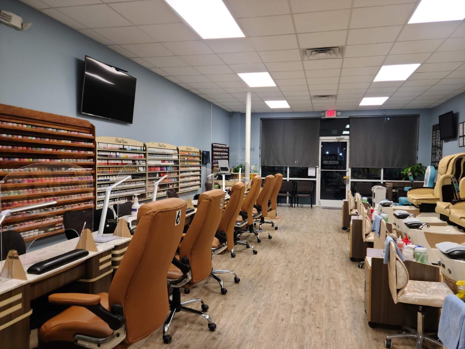 Nails Salon 37686